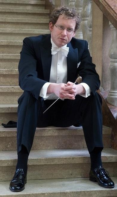 Bild vom Dirigenten Florian Grieshammer